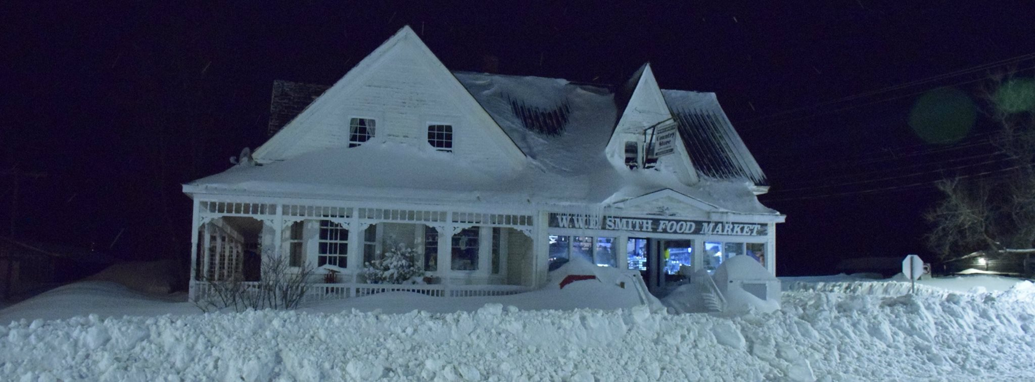 WWW Smith General Store Harvey Station, NB in heavy snow at night
